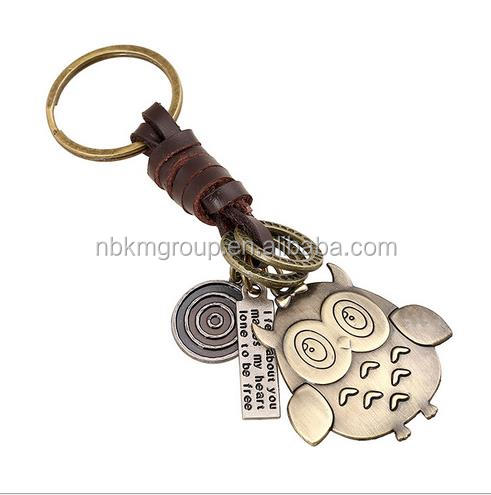 Hot Sale Key Chain Old Fashioned Knit Cattlehide Leather and Metal