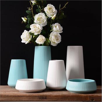 Elegant White And Blue Ceramic Types Of Flower Vase For Home Decor
