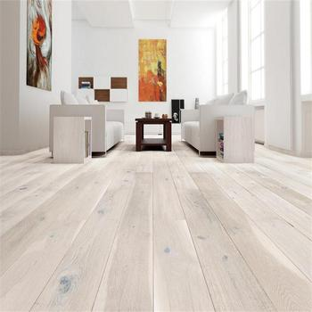 Wide Plank Oak Engineered Flooring