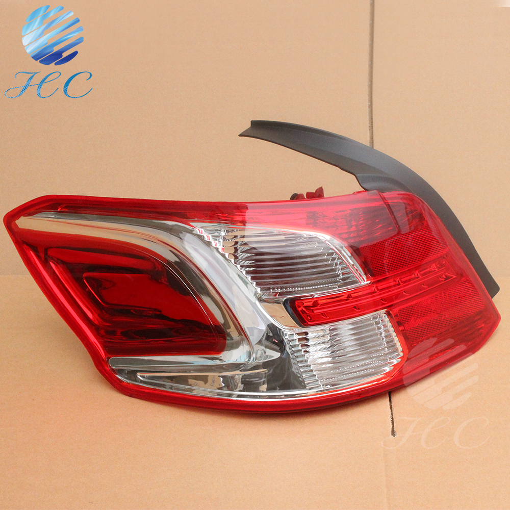 Made in china original peugeot 301 tail lamp with ABS material