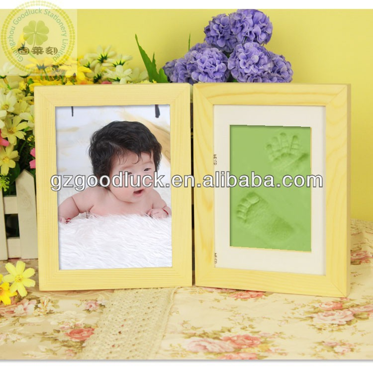BabyPrints - Modern Desk Photo Frame With Handprint and Footprint