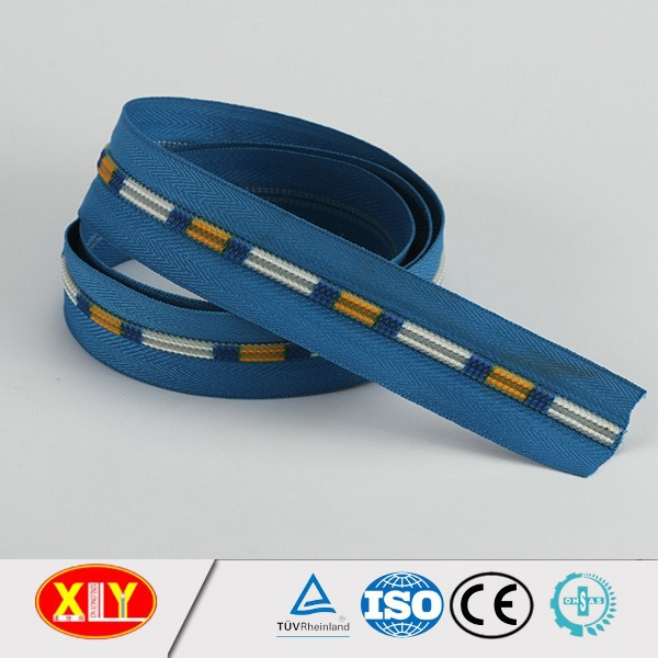 nylon water resistant zipper colorful plastic teeth smooth tape nylon zipper