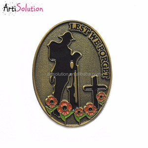 New Design Excellent Quality WW1 WW2 Poppy Soldier Lest we forgot Lapel Pin Poppy Badge