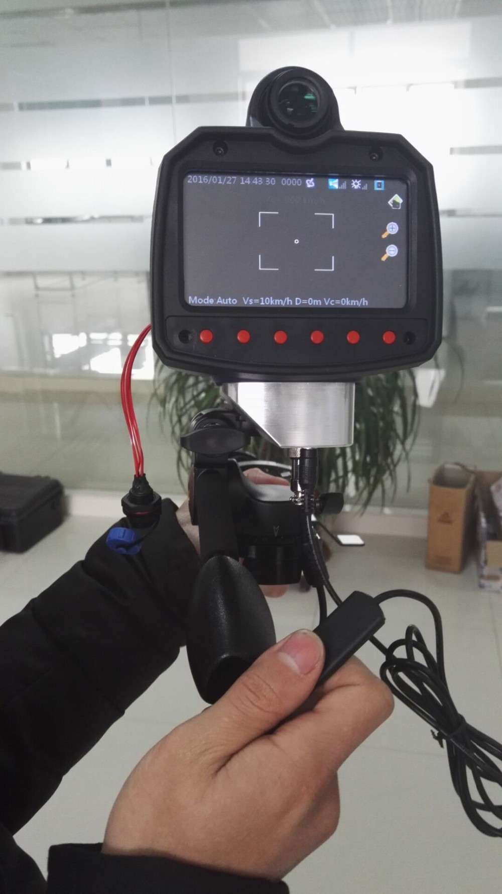 Car Mounting Speed Detection Devices And Handheld Uses LIDAR speed gun