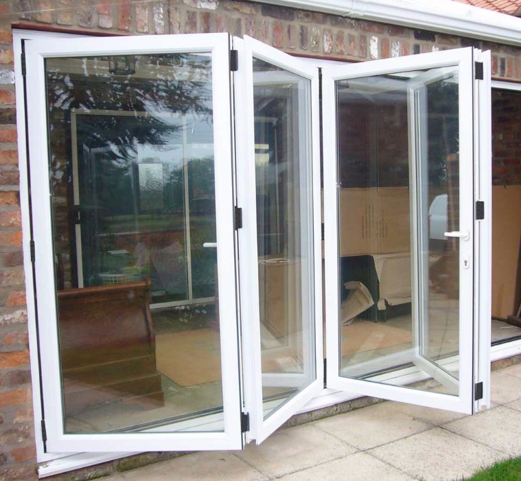 Gaoming produce Popular USA&Australia style exterior glass accordion folding door price