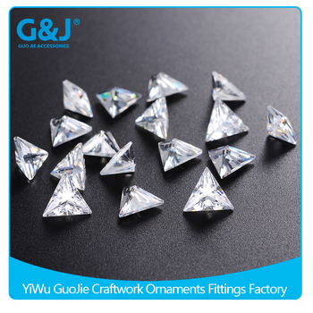 Wholesale triangle Shape Loose Zirconia For sewing accessories