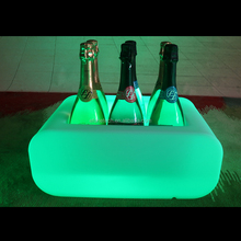 new arrival rechargeable portable rgb color changing plastic led bar liquor bottle holders