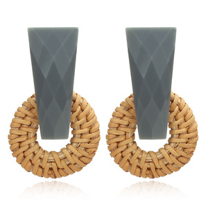 Fashion jewelry exaggerate round circle dangle straw rattan earrings
