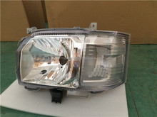 body/spare parts/accessories---car head lamp for Toyota 2014 hiace