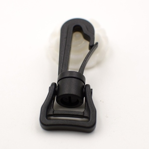 black plastic rotating snap hook for backpack
