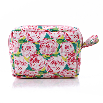 Whole Lilly Pulitzer Cosmetics Bags