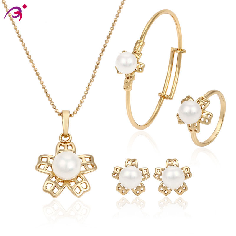 63531 xuping 18 k gold plated pearl jewelry set design for baby