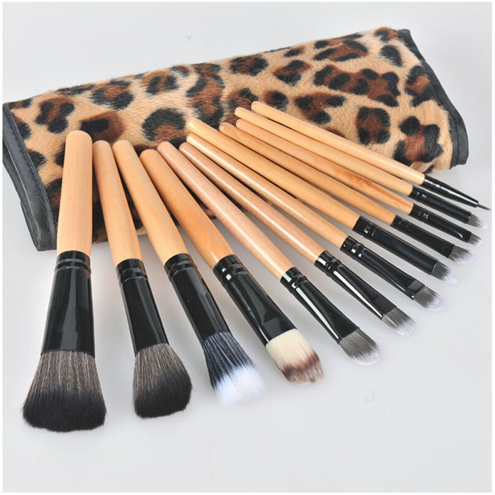 Get Quotations · 12PCS Wood Handle Makeup Brushes Sets Cosmetic Tools Eyes  Facial Powder Makeup Brushes Lips Face Foundation 4450aeb448