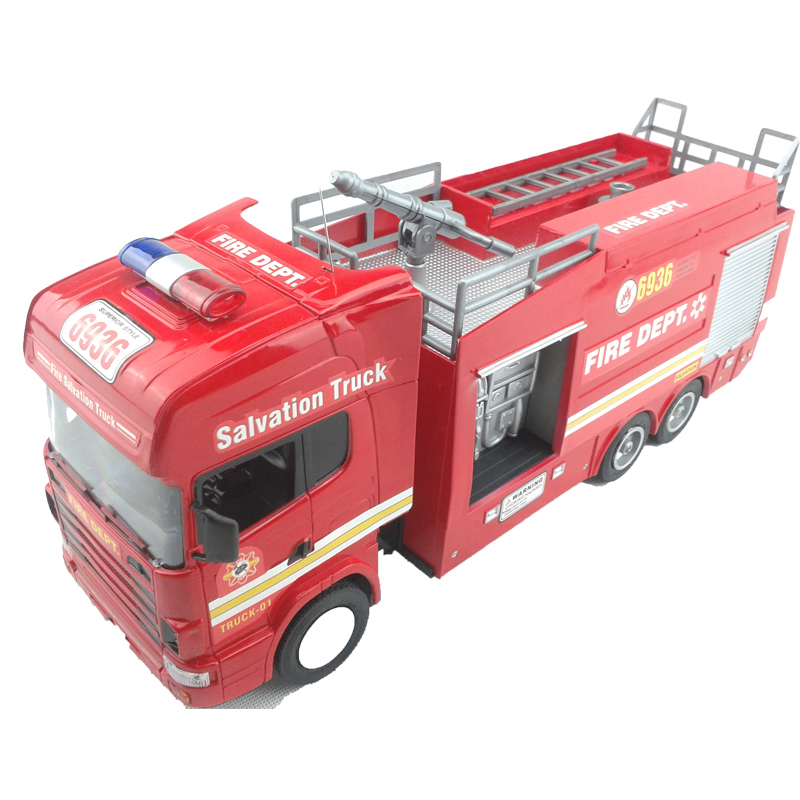 RC Truck Fire Engine Remote Control Fire Salvation Truck Scale 1:18 Fire Fighting Truck Model with spray water electronic toys