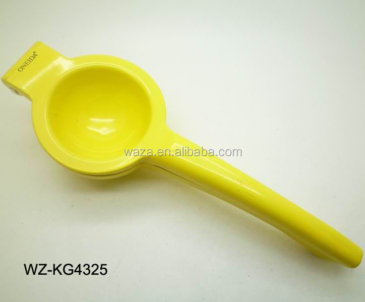 hand lemon squeezer with spraint plating