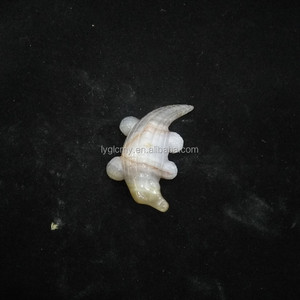 Spot supply hand carved animal shape agate crystal crocodile from Lianyungang LiCun Co.,Ltd