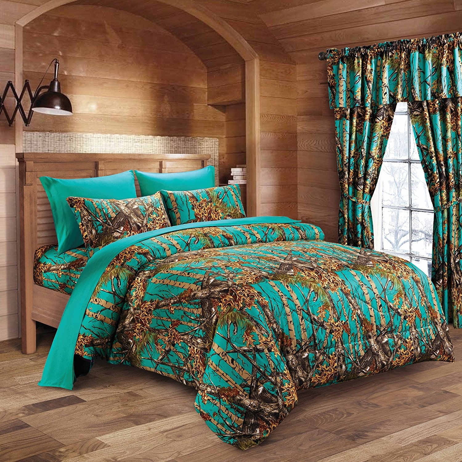 a9a5d456961 Get Quotations · 20 Lakes Hunter Camo Comforter