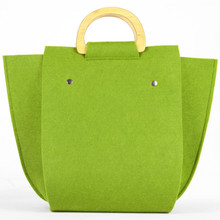 Eco-friendly wholesale plastic handle women handbag felt tote bag