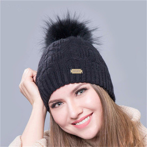 Hot sale women real colorful raccoon fur pom winter hat 4b0a815bbd5d