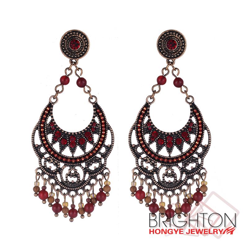 Hanging Tanishq Diamond Earrings, Hanging Tanishq Diamond Earrings ...