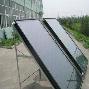 Money-saving thermal air flat plate balcony solar collector