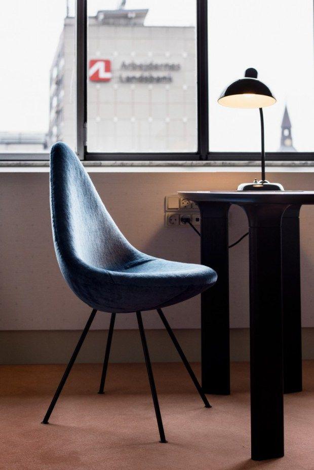 Woonkamer replica designer meubels arne jacobsen ei stoel for Replica design meubelen