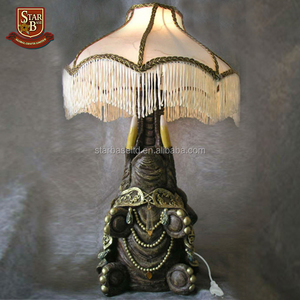 Quality custom antique figurine lamps wholesale resin sculpture lamps