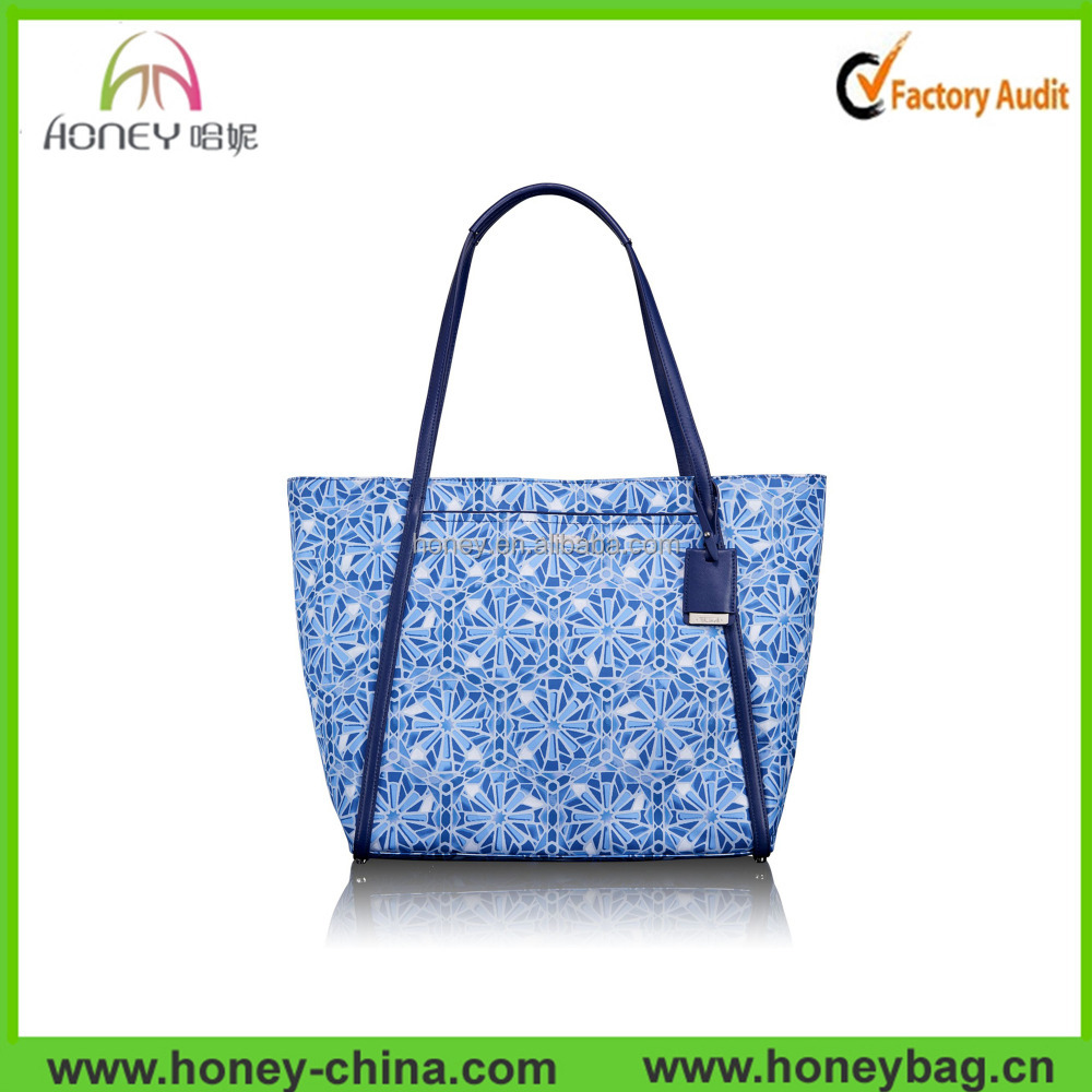 New Premium Upscale Voyageur Top Fashion Designers Tote Handbags