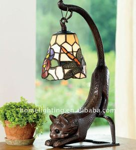 TFN-159 Tiffany Style Multicolor Stretching Cat Stained Glass animal shaped table lamp