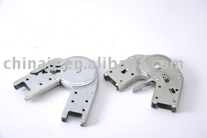 Peque a bisagra para escalera de aluminio escalera for Escalera aluminio pequena