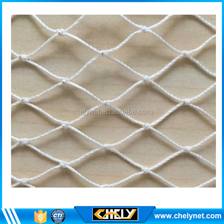 Low cost high quality polyethylene white fine fishing mesh net