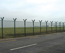 Security high visibility Welded Wire Mesh Fence for airport with barbed wire
