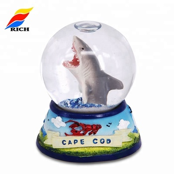 Wholesale Cheap Personalized Custom Made Souvenir Resin Snow Globes