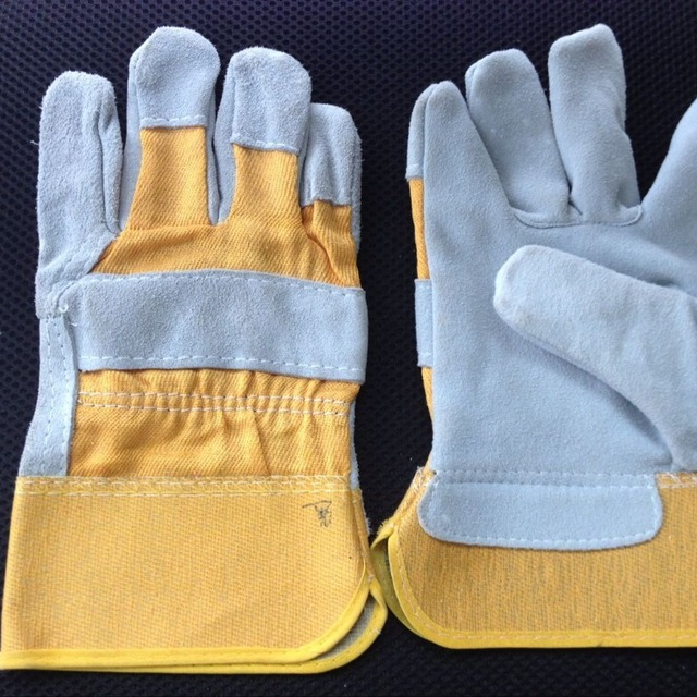short yellow leather working gloves BC grade
