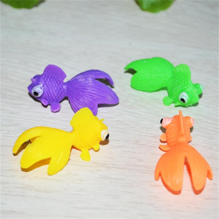 GPPS Small goldfish/led color changing toys
