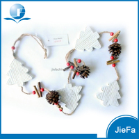 wood like recycled paper mache / paper pulp tree garland for christmas ornament