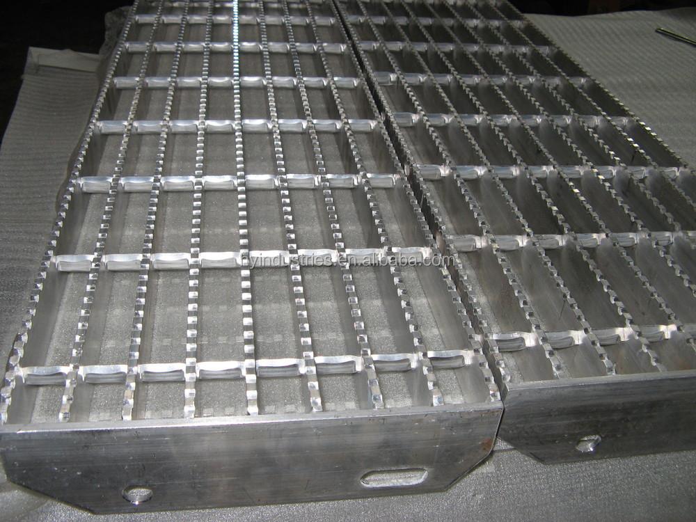 Aluminum Manhole Step/Aluminum Stair Treads/Outdoor Composite Stiar Tread/Metal  Stair