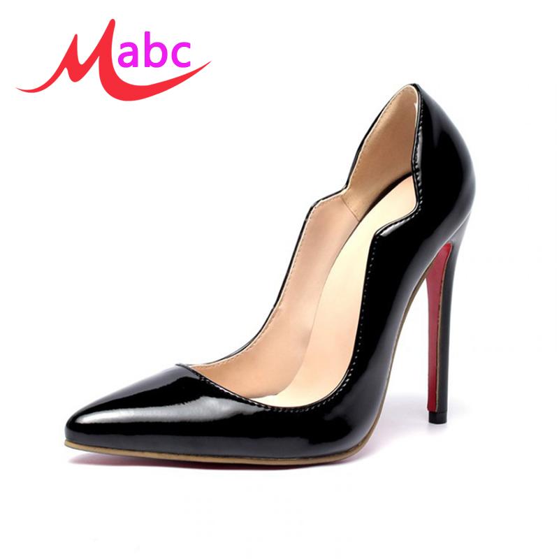 chaussure avec semelle rouge prix