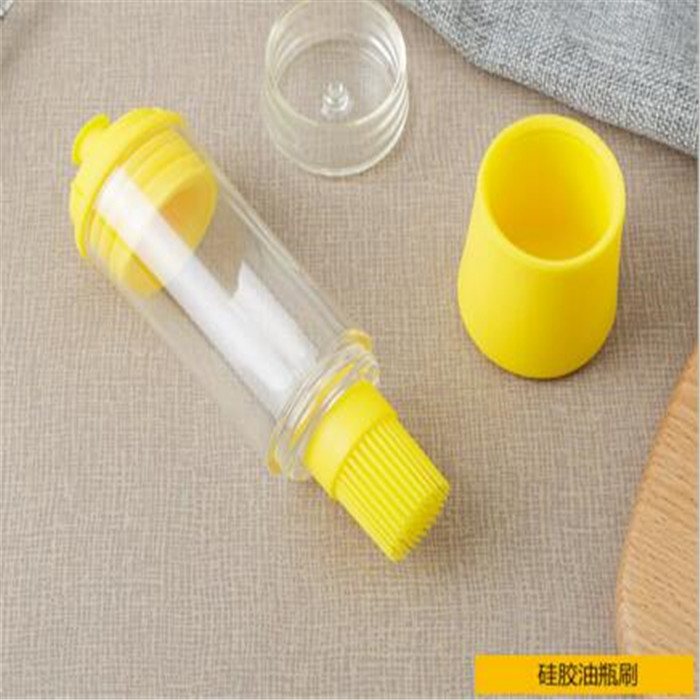 2017 new design Kitchen Brushes Bakeware Tools Oil Bottle Silicone Brush