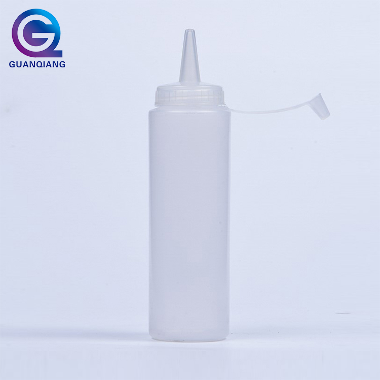 Cheap Price Hotel Kitchen Supplies Plastic Cooking Oil Squeeze Sauce Bottles
