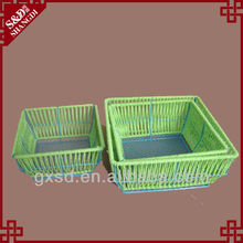 S&D products green christmas basket