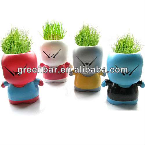 grass hair smiling pottery dolls