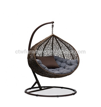 New Design Portable Comfortable Outdoor Swing Egg Shape Wicker Hanging Chair
