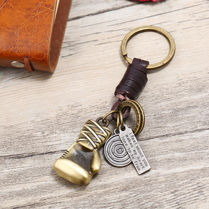 2018 New boxing gloves shaped Keychain Men's car keychain Fashion Jewelry Gift