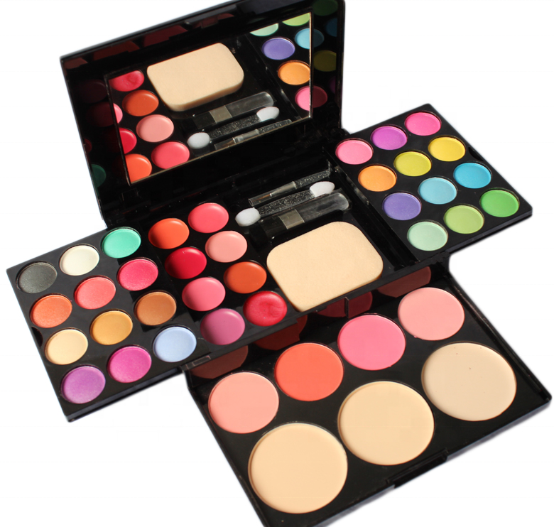 women-celebrity-make-up-kit-for-young-girls-stern