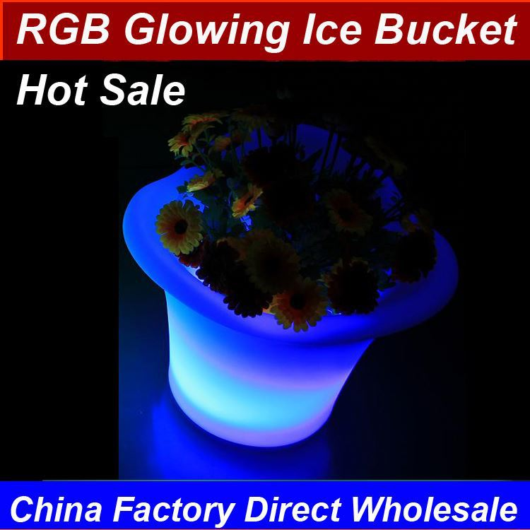 2017 Latest Design Lighted Plastic Ice Up Rechargeable Led Beer Bucket RGB 16 colors changing with remote control