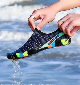2019 Unisex Sneakers Swimming Shoes Water Sports Aqua Seaside Beach Surfing Light Water Proof Shoes Water Shoes Men