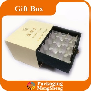 Eco-friendly custom paper egg box/ cardboard paper egg packaging carton/ egg wrapping box with handle