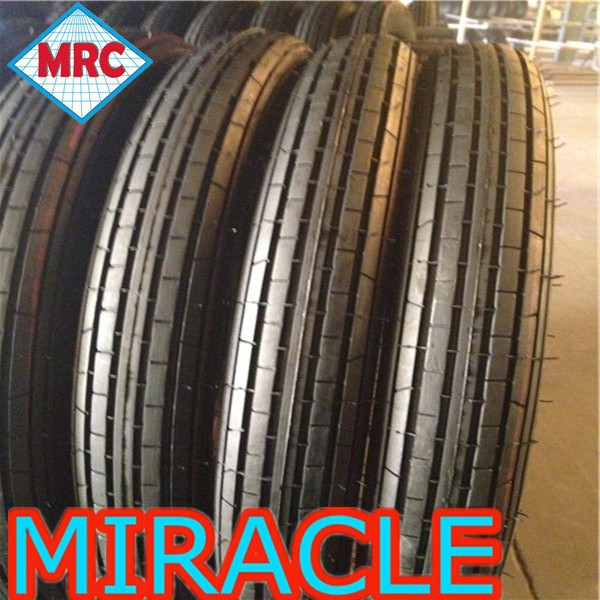 Cheap price wholesale Off Road Tubeless Motorcycle Tyre Motorcycle Tire And Inner Tube 2.50-17 For High Way