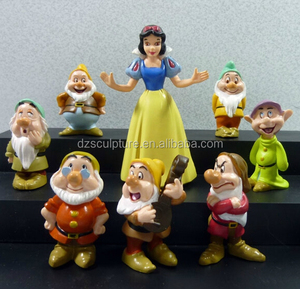 Cartoon movie character snow white and the seven dwarfs statue
